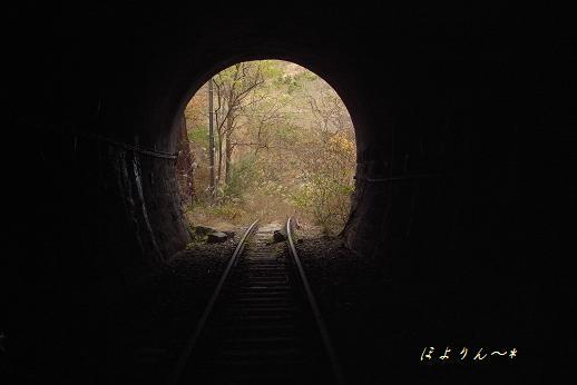 線路は続くよ・・・あの頃へ.jpg