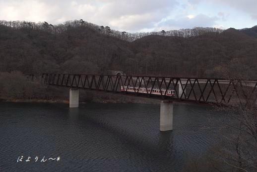野岩鉄道・五十里湖.jpg